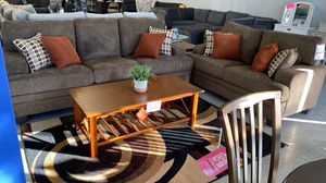 Brown sofa and love seat for Sale in Adelanto, CA