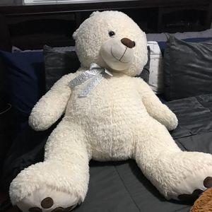 Large teddy bear for Sale in Hayward, CA
