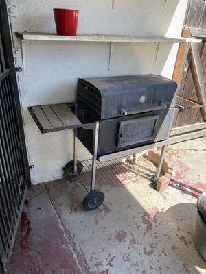 Barbecue Grill for Sale in Fresno, CA