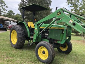 5300 John deer diesel tractor with heavy duty front end loader. Drives great no issues , 56 hp for Sale in Hockley, TX