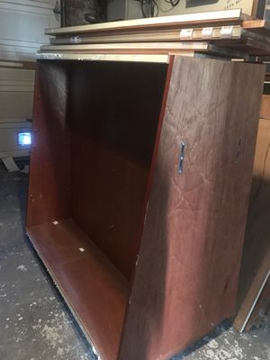 *FREE* shelves, pick up only for Sale in San Francisco, CA