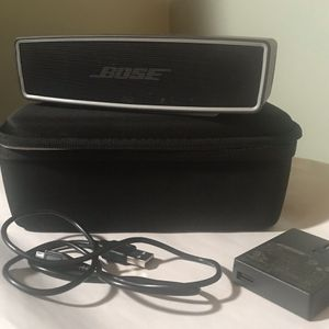 Bose Soundlink Mini W/case And Charger for Sale in Bear, DE