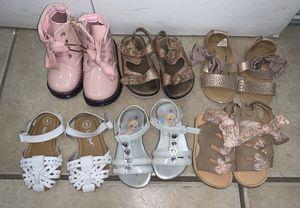 Girls sandals size 5💕‼️ for Sale in Orlando, FL