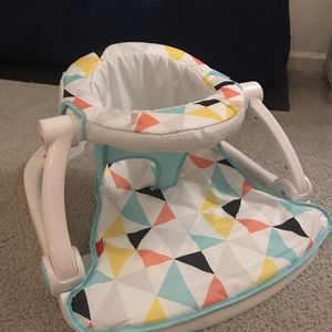 Infant Sit-Up Chair for Sale in Suffolk, VA