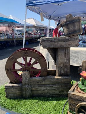 Wheel Fountain for Sale in Bell, CA