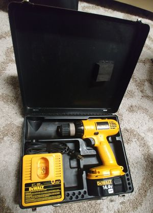 Dewalt DW928 3/8 VSR Cordless Drill Driver with Hard Case for Sale in Deerfield Beach, FL