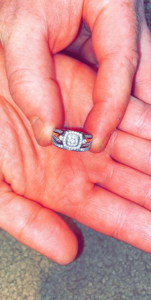 Zales wedding ring set for Sale in Asheboro, NC