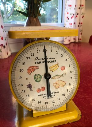 Vintage kitchen scale for Sale in Virginia Beach, VA