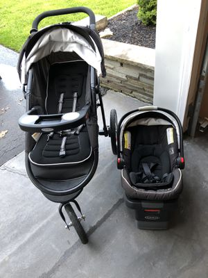 Graco Travel System for Sale in Liverpool, NY