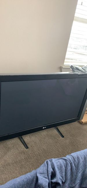 42 inch LG TV(NEED GONE ASAP) for Sale in Dallas, TX