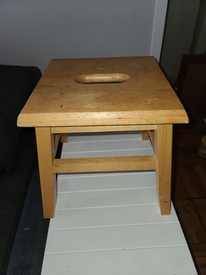 FREE USED Small Wooden Stool for Sale in Washington, DC