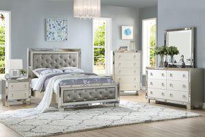 Brand new mirrored silver queen bedframe + dresser + mirror + nightstand 4PCs bedroom set for Sale in San Diego, CA