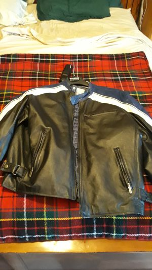 XL leather jacket for Sale in Hesperia, CA