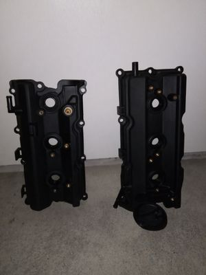 Infiniti G35 2006 parts Valve cover for Sale in Portland, OR