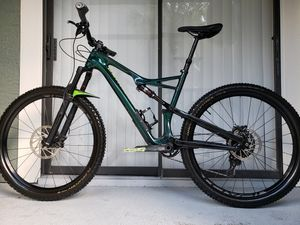 2018 specialized camber comp carbon- Large- make me offer for Sale in Hollywood, FL