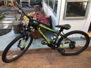 Specialized hardrock Mountain bike for Sale in Quincy, MA