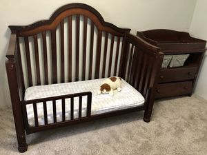Solid wood baby's crib with matress, and little chest with changing table on top. for Sale in Newmanstown, PA