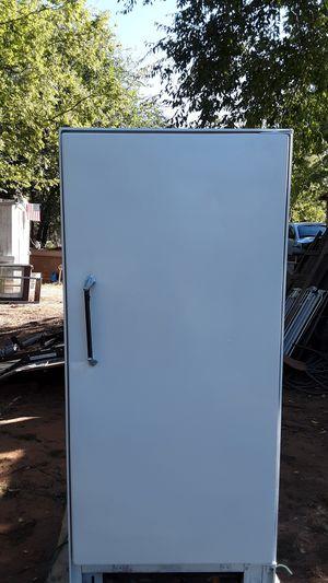 Frigidaire refrigerator and freezer chest for Sale in Spencer, OK