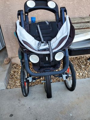 Joggers stroller with infant child seat for Sale in Lemon Grove, CA