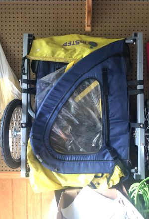 Bike trailer for Sale in Owings, MD