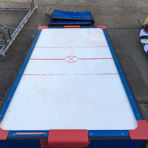 Air hockey table free for Sale in Boring, OR