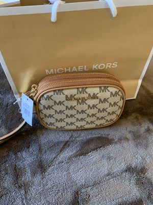 CARTERA MICHAEL KORS $65 Dlls NUEVO ORIGINAL MICHAEL KORS for Sale in Fontana, CA