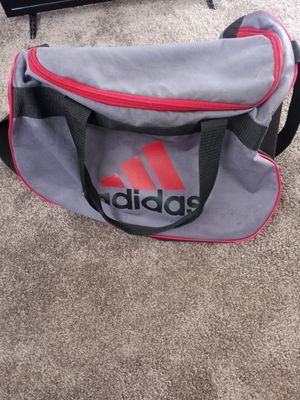 Adidas duffle bag for Sale in Beaverton, OR