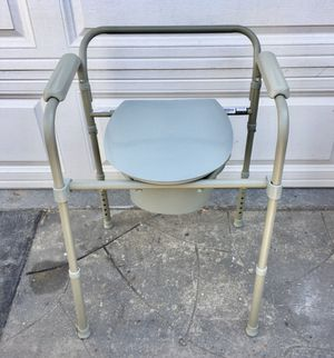 Like New Probasics Folding three-in-One medical Commode $20 Approximately two months old with tags still on for Sale in Long Beach, CA