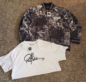 NEW YOUNG AND RECKLESS BOMBER JACKET AND SHIRT BOTH SIZE XL FOR SALE! for Sale in Wichita, KS