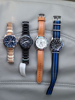4 Mans Watches.fossil. Michael Kors. Casio edifice.all With new battery for Sale in Everett,  WA