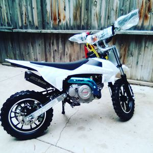 60cc kids dirt bike / pit bike for Sale in Fontana, CA