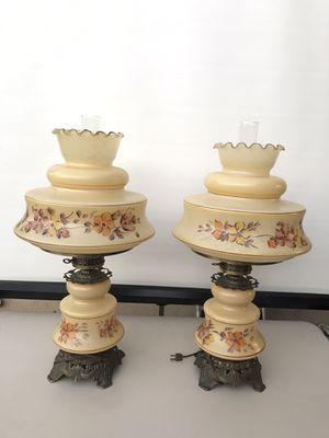 BEAUTIFUL QUIOZEL HURRICANE ANTIQUE LAMPS 3 WAY LIGHTING for Sale in Garden Grove, CA
