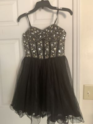 Homecoming dress for Sale in Lithonia, GA