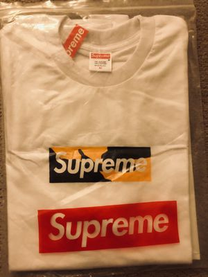 Supreme Brooklyn Box Logo T-shirt (M) for Sale in Mountain View, CA