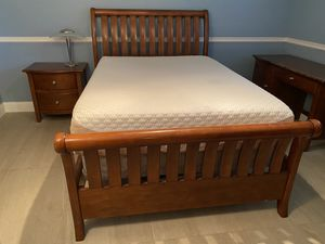 Solid Wood Full Bedroom Set - Brown for Sale in Miami, FL