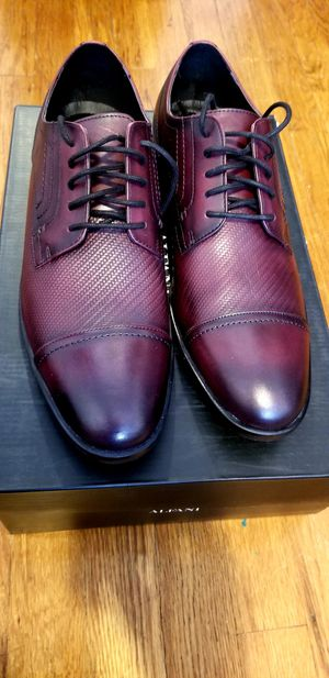 ALFANI Mens shoes size 10.5 for Sale in Queens, NY