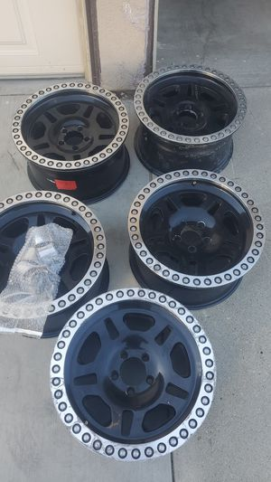 Selling 5 pro comp wheels 17x8 and bolt pattern is 5 on 4.5 it will fit jeep or small Ford like ranger or explorer i have the center caps for Sale in Fontana, CA