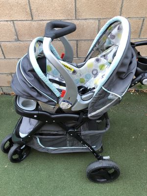 Good condition Baby Trend stroller with 1 car seat and 2 base for Sale in Arcadia, CA