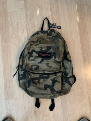 Jansport backpack (CAMO) for Sale in Miami, FL