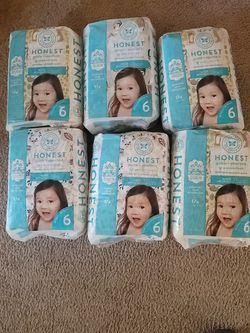 Size 6 Diapers 6 Unopened Packages Retail 10.99 A Piece Selling For 45.00 for Sale in Everett,  WA