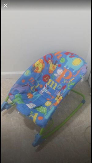 Baby chair swing rocker sleeper infants-toddler chair for Sale in Silver Spring, MD