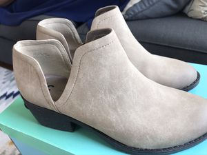 Born in California Taupe Ankle Boots for Sale in Baltimore, MD