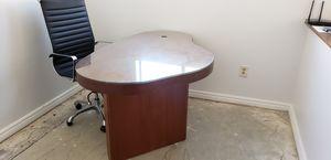 Wooden Desk for Sale in Las Vegas, NV