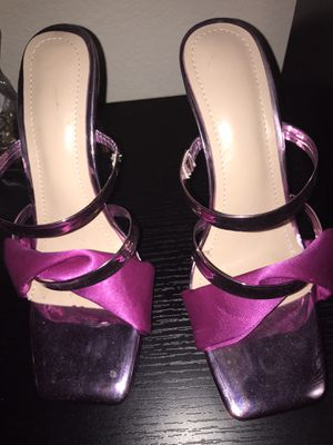 Size 8 hot pink high heels for Sale in Houston, TX