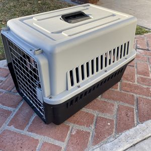 Pet Kennel for Sale in Los Angeles, CA