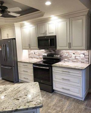 Kitchen cabinets for Sale in Alafaya, FL
