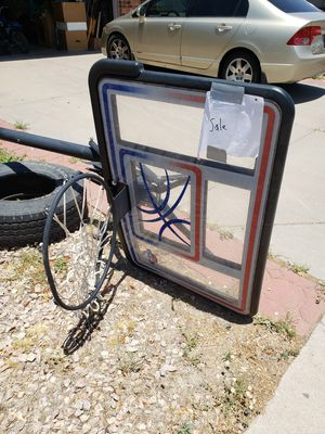 Standing basketball hoop with adjustable heights for Sale in Mesa, AZ