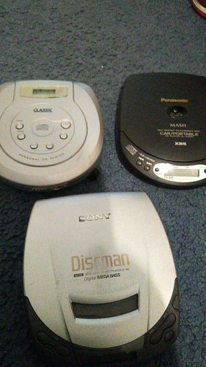 Haul 3 cd players for Sale in Houston, TX