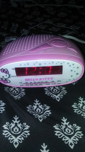 Hello Kitty alarm clock for Sale in Moreno Valley, CA