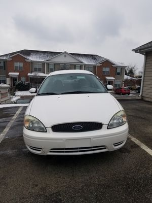 2007 Ford Taurus 102,000 miles. Good condition, clean title, title In hand for Sale in Pittsburgh, PA